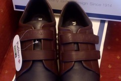 Selling Shoes: Padders Shoes