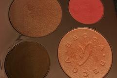 Venta: Paleta E.L. Becca by Chrisy
