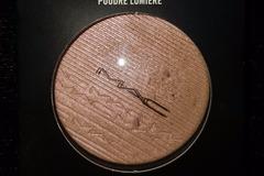 Venta: Mac Extra dimension skinfinish poudre lumière  show gold