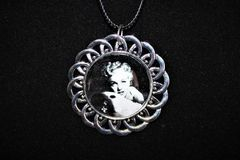 Selling:  LARGE Marilyn Monroe Pinup Necklace