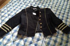 Selling: Gina T R I C O T jacket