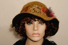 Vente au détail: Chapeau  en laine beige et son tour assortis camillia 12