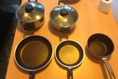 Myydään: pans, pots, and plates