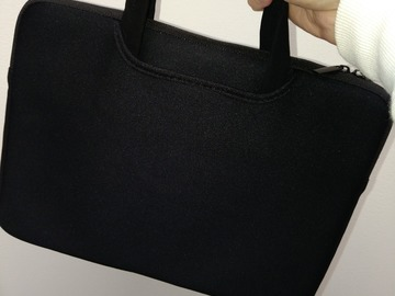 Myydään: 12 or 13 inches laptop compact carrying bag