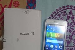 Selling: Huawei Y3 Smartphone (4 inch Display) Dual Sim