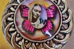Selling: Frida Kahlo decorative pill box/storage