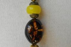 Vente au détail: Collier pendentif cordon fait main, a popon