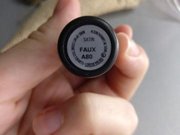 Venta: MAC labiales UP THE AMP y FAUX.