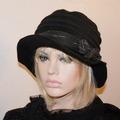 Vente au détail: Chapeau  pièce unique et en laine polyester gris camillia 16