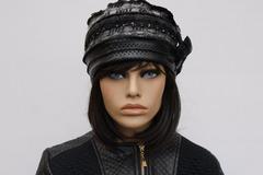 Vente au détail: Bonnet toque en Skye noir et lainage chamarré Nina 19