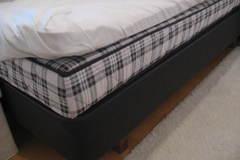 Myydään: Jenkkisänky / Double bed