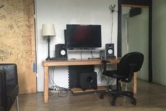 Renting out: Chill studio for cheap