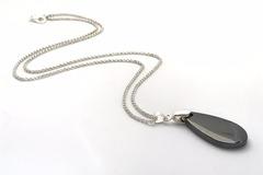 Vente au détail: Collier goutte plate d'hématite, pierre de gemme, pierre nat