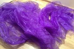 Ilmoitus: Violetti organza kangas