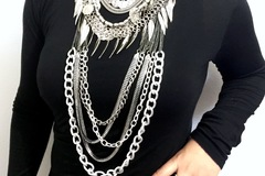 Sell: Lot of 50 jewelry pieces Statement Necklace