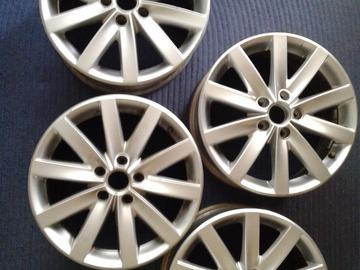 Selling: 17x7 | 5x112 | VW Porto