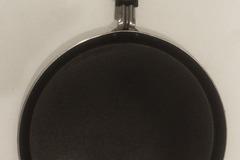 Myydään: Flat pan