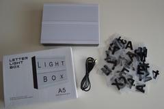 Ilmoitus: Light box / Tekstivalotaulu A5