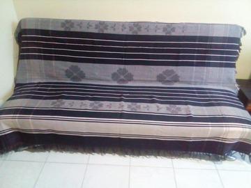 Vente au détail: Jeté bleu marine/rose pastel (lit ou canapé)
