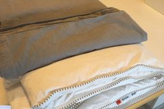 Myydään: Linen and Duvet