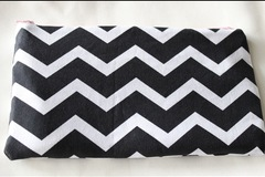 Selling: Chevron/Pink Clutch