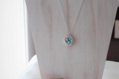 Selling: Birds Nest Necklace