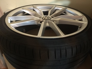 Selling: 19x8.5 | 5x112 | VW Pretoria Replica