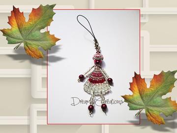 Sale retail: Poupée bijoux de sac réalisée au fil de fer