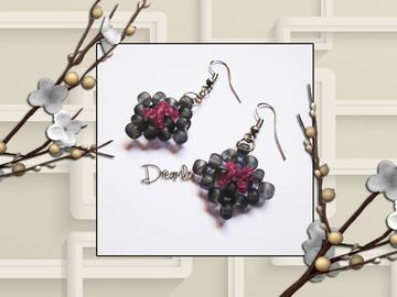 Vente au détail: Boucles d'oreilles en perles de verre