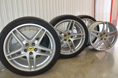 Selling: 19x7.5 & 19x10   5x108   Ferrari F430