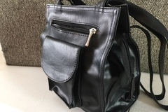 Sell: Faux leather purses in Black