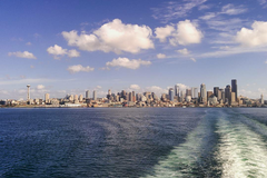 Daily Rentals: Bainbridge Island WA, Park One Block from Ferry to Seattle.
