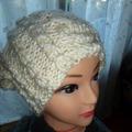 Vente au détail: bonnet  blanc  à porter retombant ou non adulte et ado