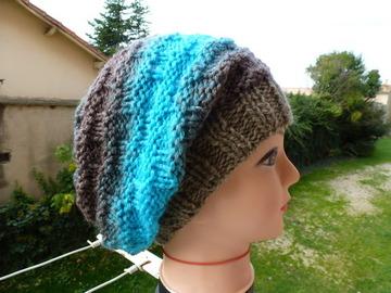 Vente au détail: bonnet dégradé marron turquoise à porter slouchy ou avec rev