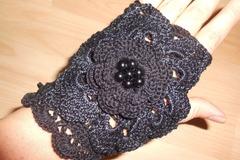 Vente au détail: Mitaines noires dentelle au crochet