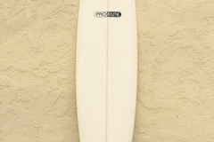 "Renting out: 7'6"" Mini Mal - Pro Elite - Gold Coast"