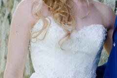 Ilmoitus: Kaunis pitsinen Sincerity-mekko laahuksella