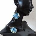 Vente au détail: Boucles d'oreilles rondes fleurs bleu blanc rose. Unique