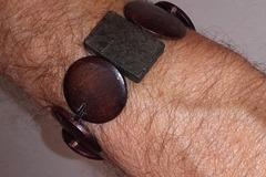 Vente au détail: Bracelet unisexe perles en bois. Artisanal