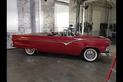Renting out per day: 1955 Ford Sunliner Convertible