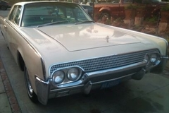 Renting out per day: 1961 Lincoln Continental