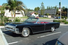 Renting out per day: 1964 Lincoln Continental