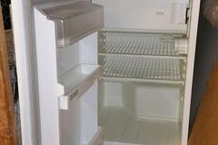 Annetaan: Free Whirpool fridge (in Kallio, pick-up only)