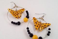 Vente au détail: Créoles papillon origami