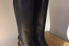 Myydään: Brand new Marks&Spencer Autograph boots (37)