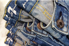 Sell: 7 FOR ALL MANKIND LOT OF 100 WHOLESALE JEANS