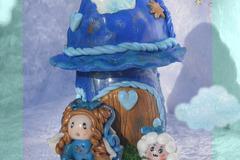 Vente au détail: Maison féerique petite ange bleue Oëlie et son mouton Douce