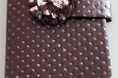 Vente au détail: Protège livre élégant noir/argenté cadeau Noël unique