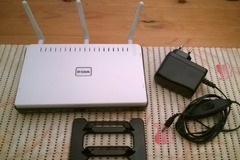 Selling: D-Link wifi Router