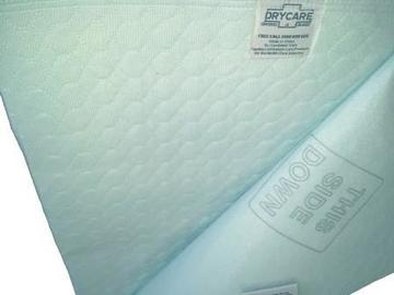 Selling: Drycare Absorbent Bed Pad with Waterproof Backing